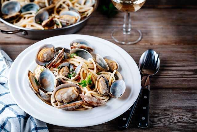 Foods rich in Vitamin B12 clams