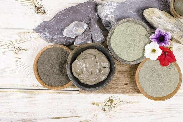 Multani Mitti Face Mask Cleanses & Purifies Skin