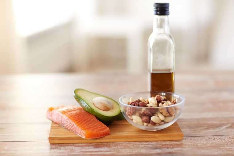 Omega 3 fatty acids for healthy hair