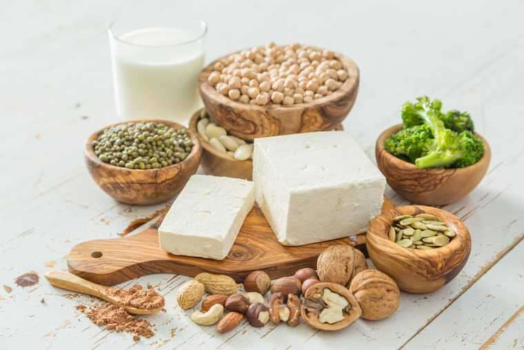 Protein-rich food for healthy hair