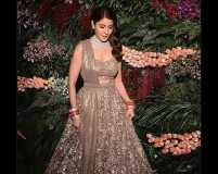Tips to choose the right fabric for your wedding lehenga
