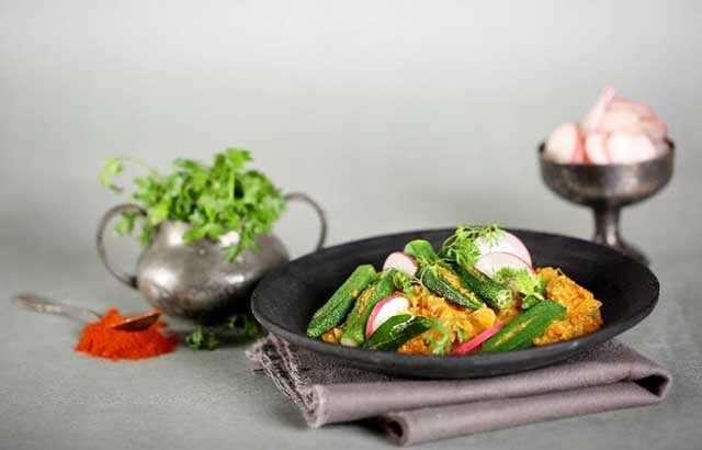 Quinoa bharwa bhindi
