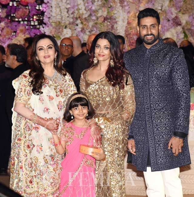 Aishwarya Rai Bachchan and Abhishek Bachchan with daughter Aaradhya.