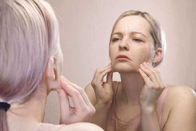 Reduces signs of ageing after skin icing