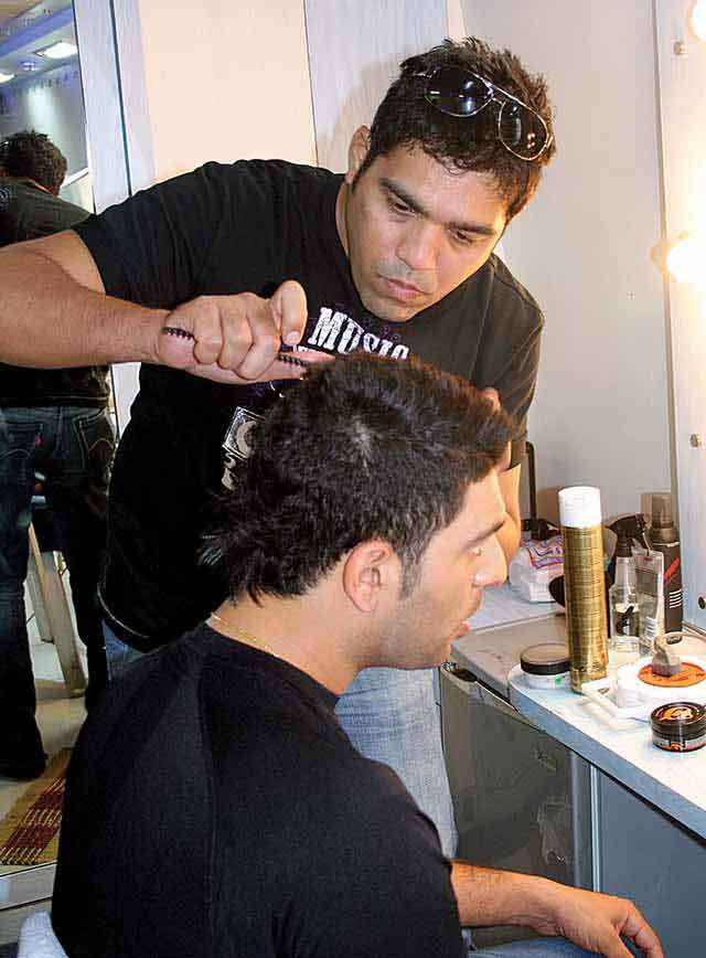Savio John Pereira celebrity hair stylist with yuvraj singh