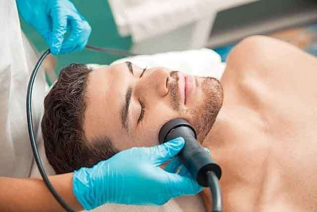 Aqua Oxy Power Lift facial for men
