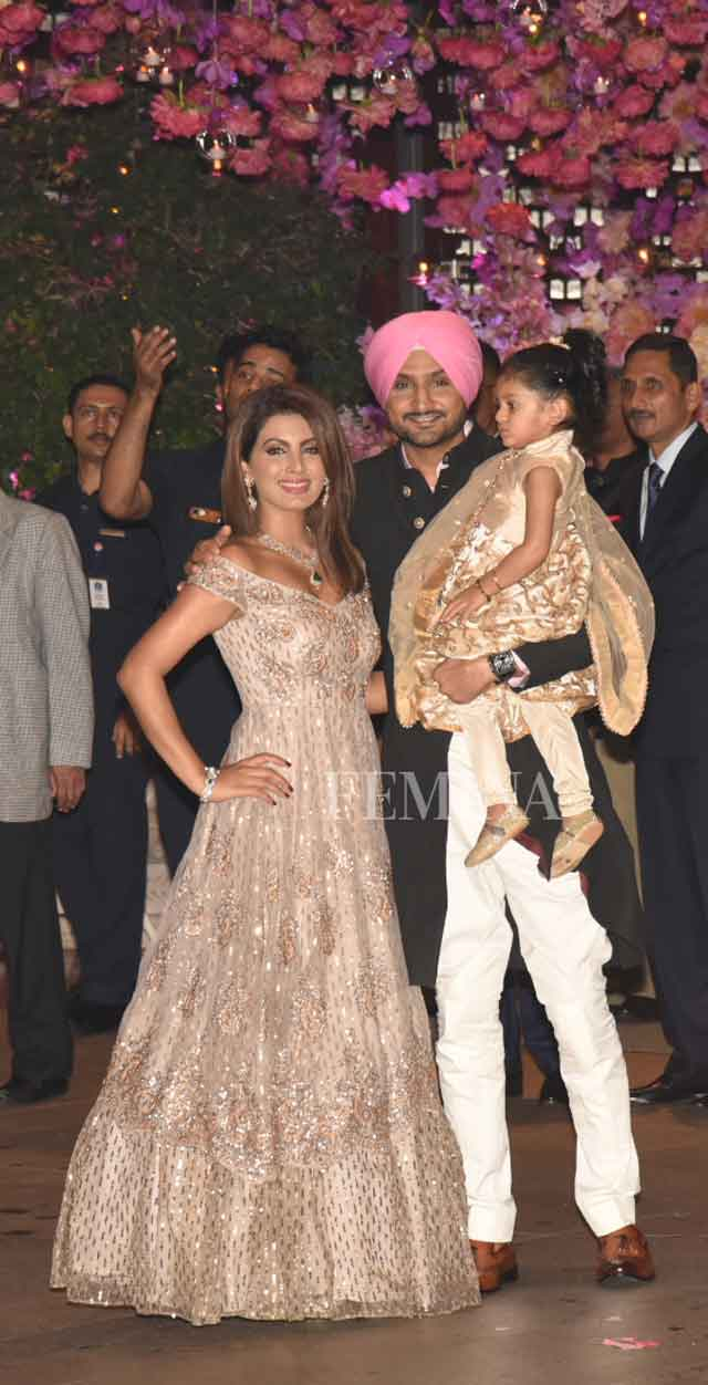 Harbhajan Singh with Geeta Basra and their daugther