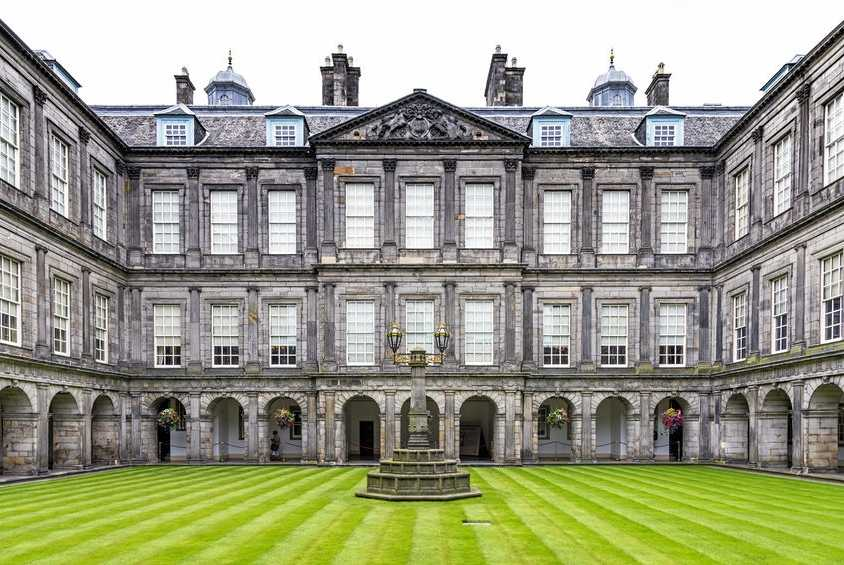 Holyroodhouse-Edinburgh