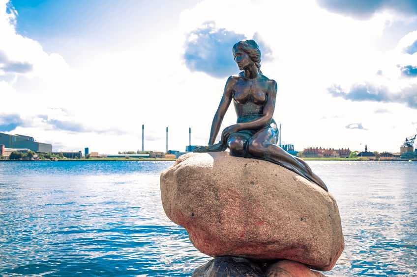Little-Mermaid-Copenhagen-Denmark