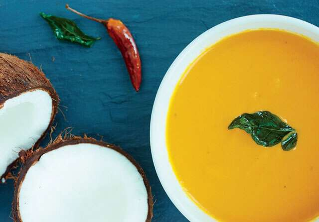 Spiced coconut and carrot soup