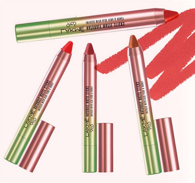 Lakmé 9 to 5 Naturale Matte Lipstick