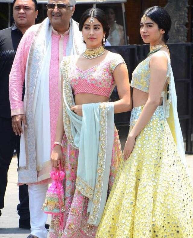 Janhvi, Khushi and Boney Kapoor