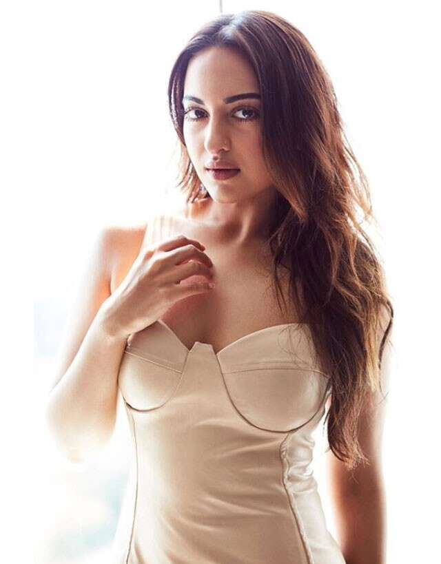 Sonakshi-Sinha_best-of-beauty
