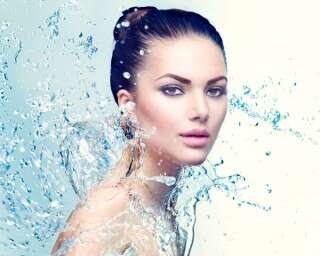 Sparkling water is the latest must-try beauty trend