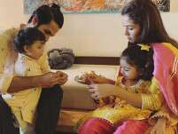 Shahid Kapoor and Mira Rajput help Misha and Zain tie rakhi