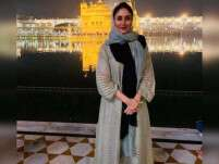 Kareena Kapoor Khan visits Golden Temple in Amritsar