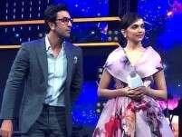 Ranbir Kapoor and Deepika Padukone groove to Ranveer Singh's song