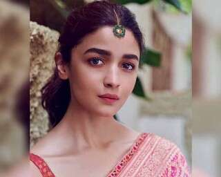 Get a rose gold glow like Alia Bhatt