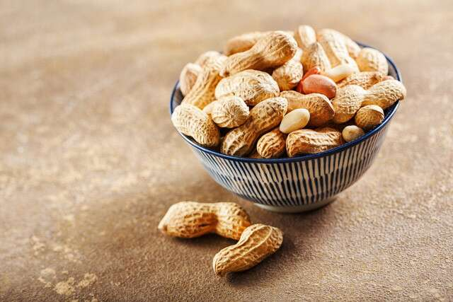 Benefits of Peanuts: High Source of Protein
