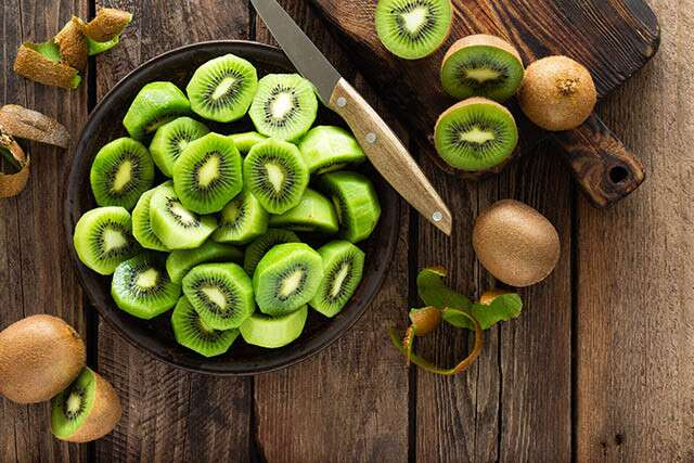 Kiwi Fruit Aids Weight Loss