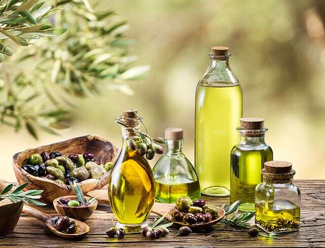 Does Olive Oil Repair Damaged Hair