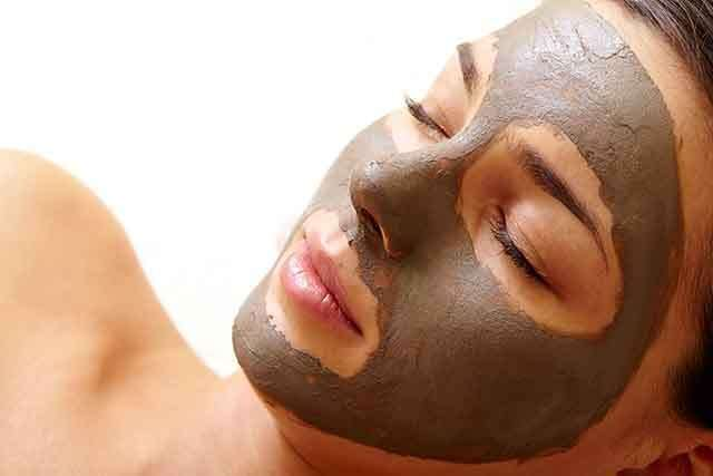 Multani Mitti and Mint for Oily Skin