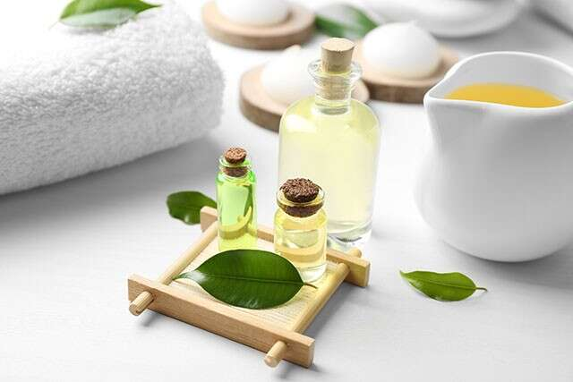 Tea Tree Oil for Hair to treat lice