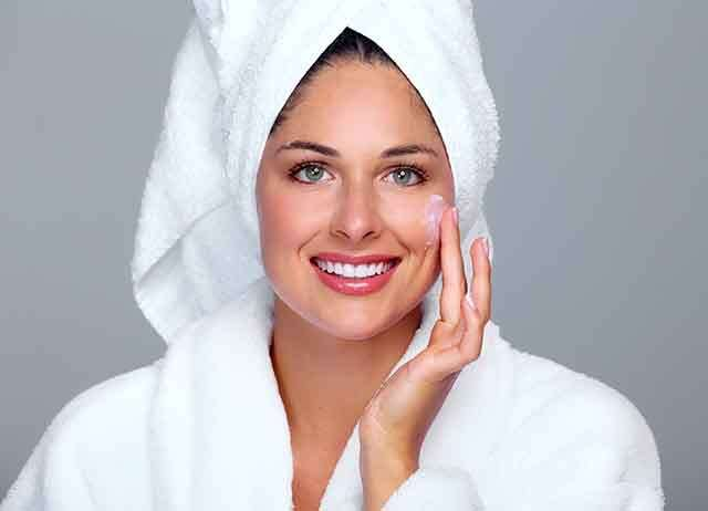 chamomile oil is natural moisturiser