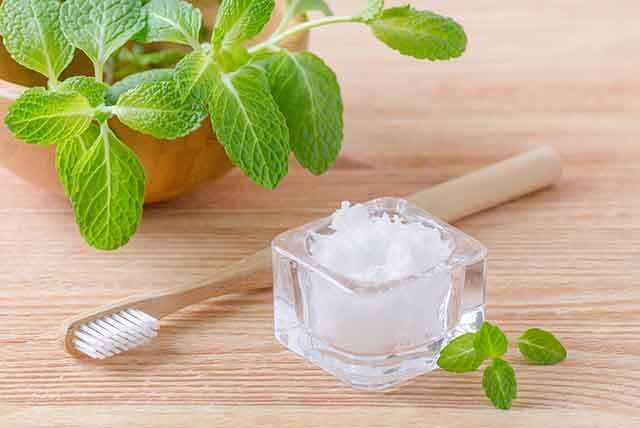 Coconut oil paste