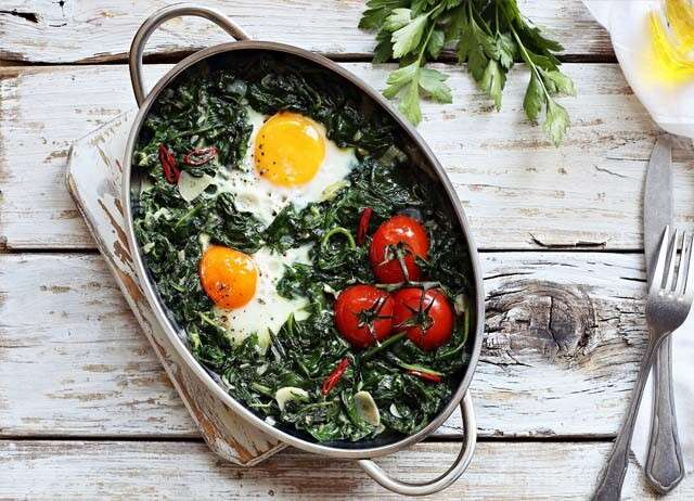 Eggs for Hair - Baked Eggs with Spinach and Tomato