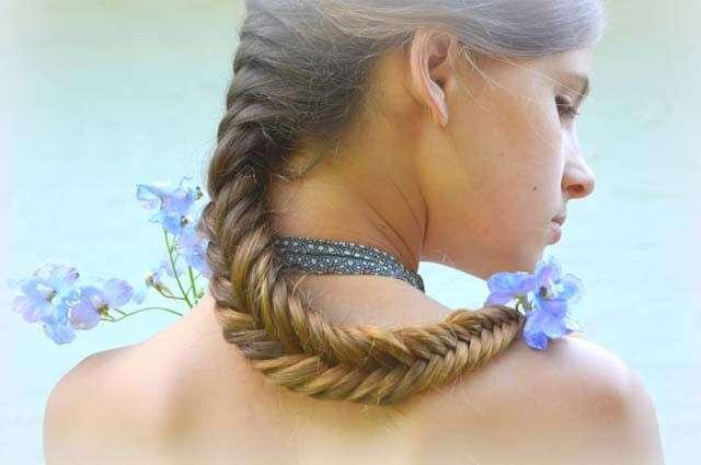Hairstyles for Straight Hair - Fishtail Braid