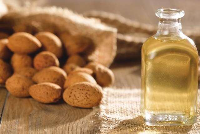 Health Benefits of Almonds for Hair with Vital Nutrients
