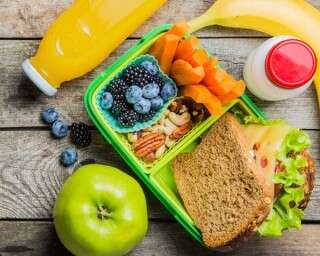 Healthy ideas for kids' lunchboxes