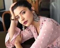 Flaunt your ethnic swag like Anushka Sharma