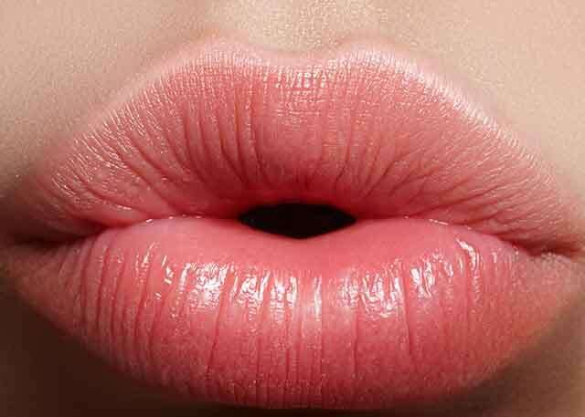 DIY lip plumper with cinnamon and peppermint | Femina in