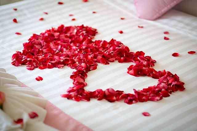 Wedding First Night Romantic Bedroom Decoration Ideas Femina In