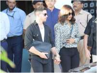 Priyanka Chopra And Nick Jonas Snapped Hand-In-Hand At The Mumbai Airport
