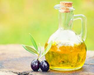 Amazing Benefits Of Olive Oil For Your Hair