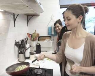 Get Your Daily Fix Of Calorie Burn By Doing These Household Chores