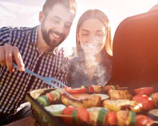 5 Types Of Grills To Suit Your Every Need When Entertaining Loved Ones