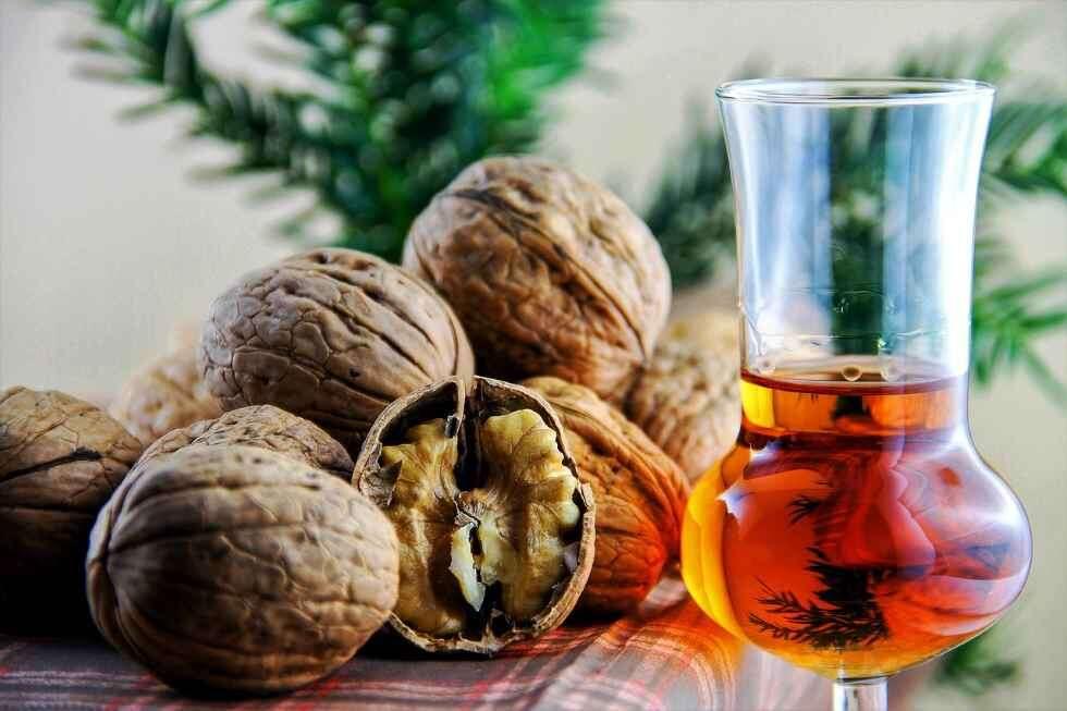r Christmas Ice Cream Yule Log Nuts and Brandy