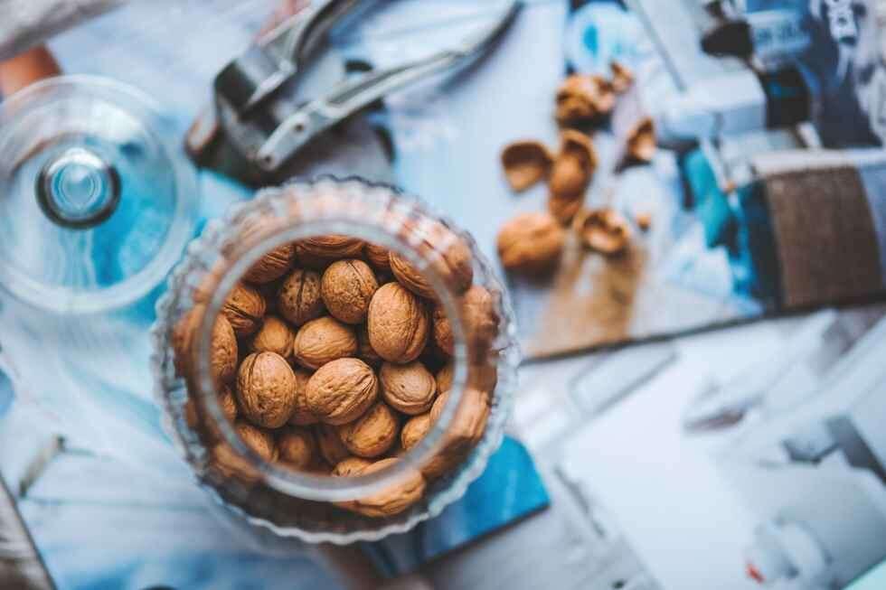 Walnut energy bars walnuts