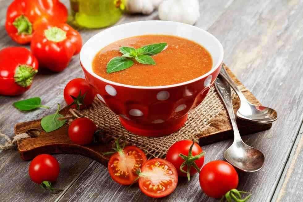 Femina More Zingy Tomato Soup