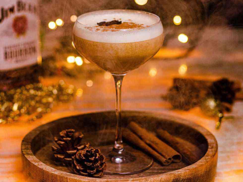 Winter cocktails Dirty Chai Eggnog