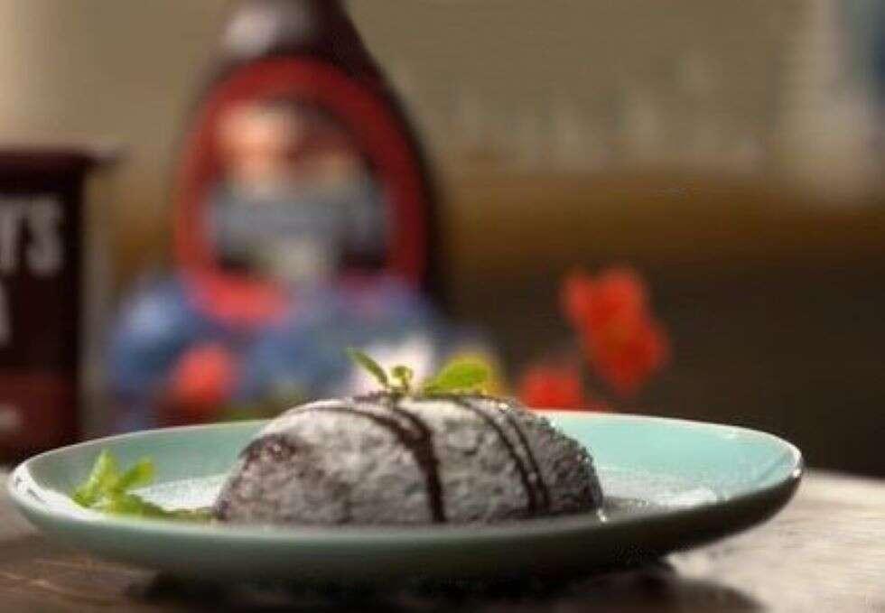 sm Chocolate Christmas Pudding