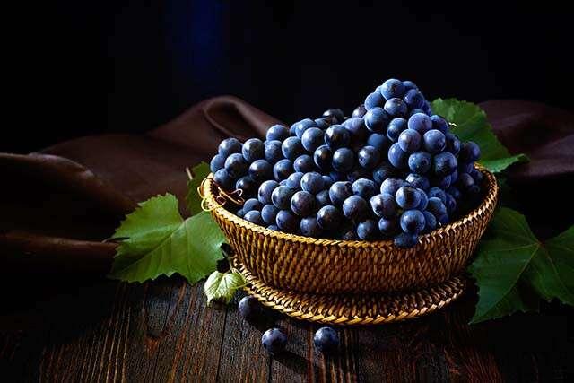 Black Grapes: Reduces Risk Of Diabetes