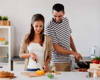 4 Reasons How Cooking Together Benefits The Relationship
