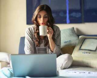 Study Shows Why You Should NOT Work From Bed