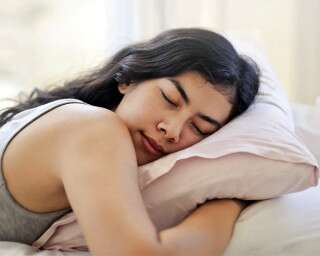 10 Simple Ways To Fall Asleep As Fast As Possible