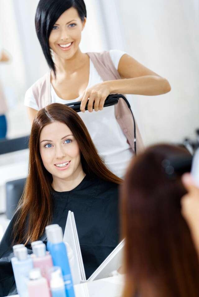 Traitement de reliure des cheveux